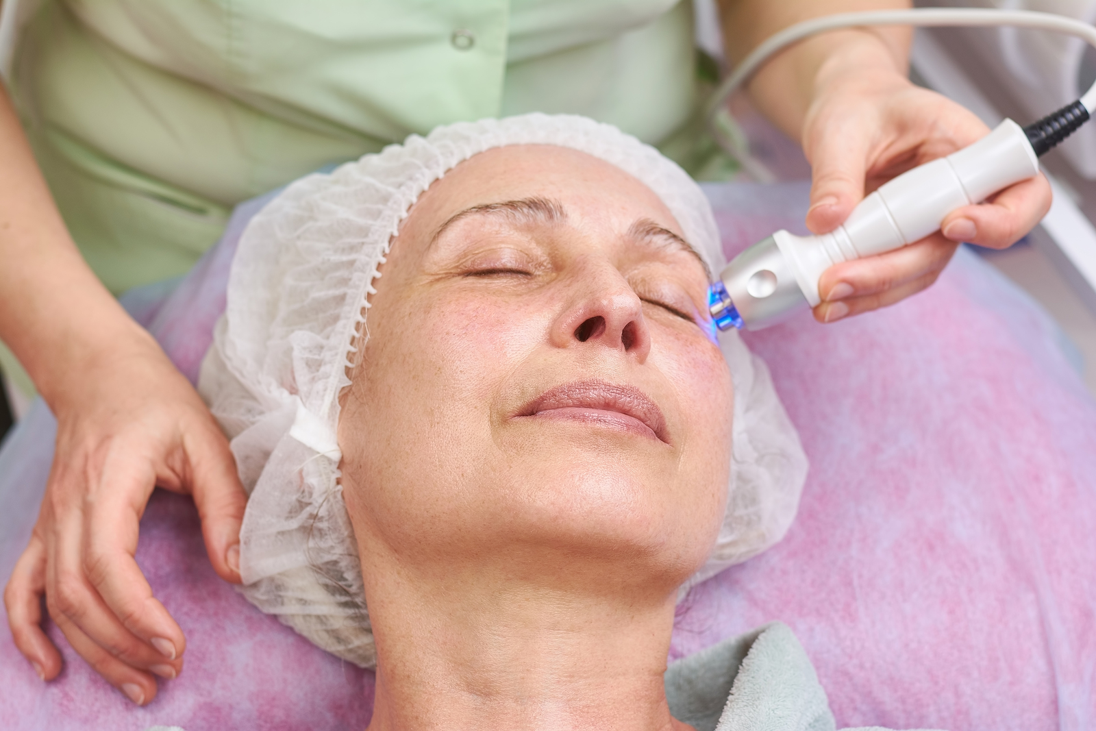 rf skin tightening. Radio frequency treatment - anti-wrinkle, anti -aging
